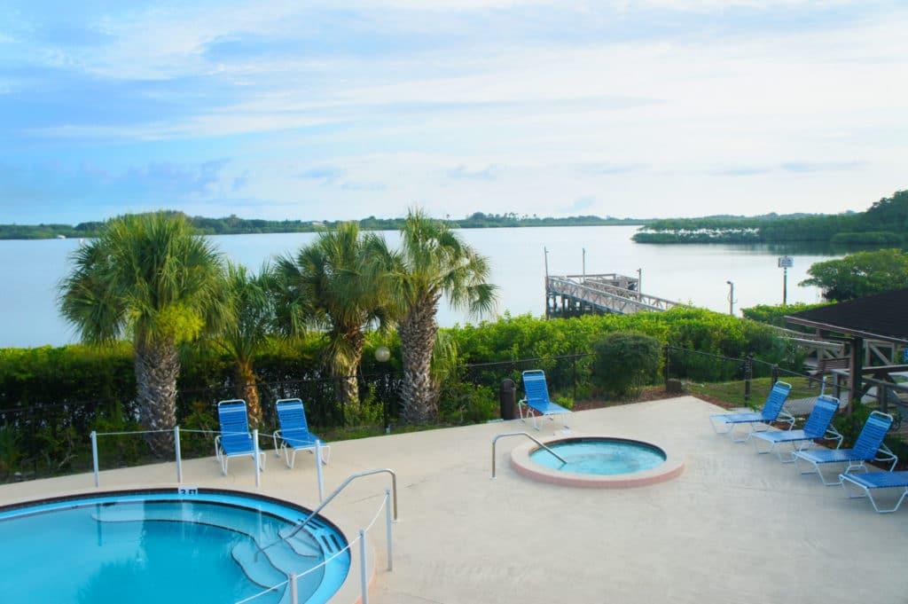 Fisherman's Cove Resort - Relax!