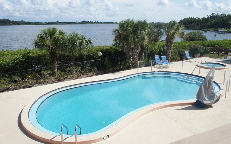 Fishermans-Cove-RV-Resort-Pool-and-Spa